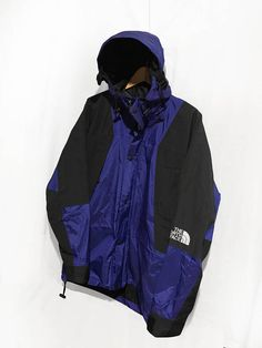 4b223c6b63 Vintage 90S The North Face Mountain Light Gore-tex 3-in-1 jacket Shell only  size S Color Purple
