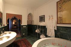 BATH ROOM SUITE EL BACHA