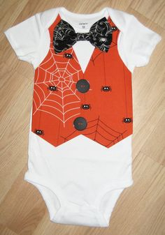 Halloween outfit - Baby 1st Halloween - Spider web bow tie - Halloween Costume - Boy's first halloween - Toddler halloween shirt - Baby Vest by kottoncactus on Etsy
