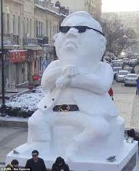 Snow Sculptor