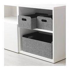 IKEA - BESTÅ, Boks, Hjelper deg med å holde orden på din BESTÅ. Perfekt til oppbevaring av alt fra tidskrift og fjernkontroller til DVD-er, leker og hobbysaker.Enkel å trekke ut og løfte siden boksen har utskårne håndtak.Myk filt beskytter tingene dine og holder dem pent på plass, så de ikke skramler rundt når du tar ut boksen.
