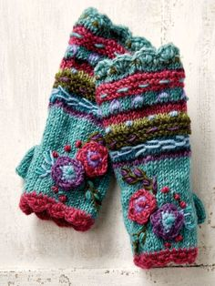 Our hand knit fleece lined hand warmers are cozy and distinct. Impress friends with the warmth and craft of our Nepal wool arm warmer gloves. Knitting Stiches, Hand Knitting, Knitting Patterns, Crochet Patterns, Mittens Pattern, Knit Mittens, Knitted Gloves, Hand Warmers, Knit Crochet