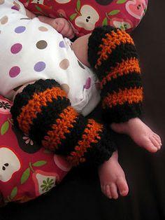 FREE PATTERN - Crochet baby legwarmers