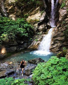 💚 #holiday #nature #landscape #wood #break #cascade #megeve #walk #mountain