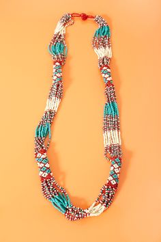 Collana Santa Fe con perline rosse, bianche e turchesi $15