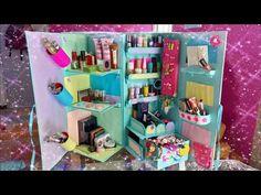 CARDBOARD MAKEUP FURNITURE - YouTube Diy Crafts For Your Room, Diy Home Crafts, Diy For Kids, Fun Crafts, Paper Crafts, Cardboard Organizer, Cardboard Box Crafts, Cardboard Furniture, Foam Board Crafts