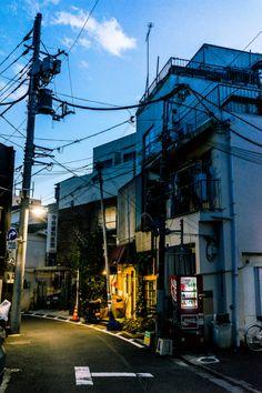 Nezu Tokyo © | onsen neco Kanazawa Japan, Nagano Japan, Aesthetic Japan, City Aesthetic, Street Photography, Landscape Photography, Bg Design, Photographie Portrait Inspiration, Japan Street