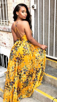 Look Amazing With These Fashion Tips – Designer Fashion Tips African Maxi Dresses, Latest African Fashion Dresses, African Print Fashion, Korean Fashion, Classy Outfits, Chic Outfits, Spring Outfits, Fashion Wear, Look Fashion