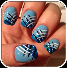 @Katelyn Larson I could do this now since I have my white nail art pen :)