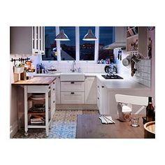 IKEA FOTO, lampa wisząca, średnica 25 cm, wysokość całkowita 1,8 m, długość kabla 1,6 m | Daje światło kierunkowe, dobre do oświetlenia stołu w jadalni czy blatu barowego.