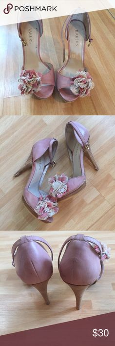 BAKERS pink leather heels Floral trim SZ 5.5 BAKERS Pink leather heels size 5.5 platform high heels front Floral trim good condition Bakers Shoes Heels