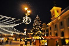 Christmas Markets in Transylvania http://www.touringromania.com/tours/long-tours/2015-fairy-tale-in-transylvania-3-christmas-markets-private-tour-6-nights-7-days.html