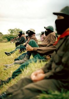 ★ Ya se mira el horizonte★  http://youtu.be/I7U5FuA4nd4 ★ http://soundcloud.com/zapatista-org/himno-zapatista