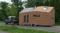 This woman is living legally in a tiny house on wheels in the Netherlands. Marjolein Jonker was luc . Tiny House Blog, Tiny House Nation, Tiny House Living, Tiny House Design, Tiny House Trailer Plans, Tiny House Plans, Tiny House On Wheels, Trailer Build, Dutch House