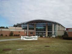 Gymnasium State College, College Campus, Better Life, Georgia, Mansions, House Styles, Building, Outdoor Decor, Buildings