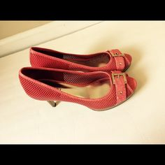 Alfani leather lace look heels Red/ Coral 8M Excellent condition Alfani Shoes Heels