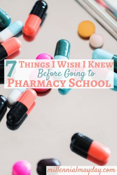 Are you thinking about going to pharmacy school and looking for some insider tips? These are the 7 things I wish I knew before going to pharmacy school. Pharmacy Student, Pharmacy School, Pharmacy Humor, Pharmacy Design, Nursing Memes, Funny Nursing, Nursing Quotes, Funny Nurse Quotes, Nurse Humor