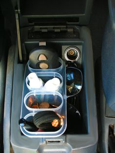 """""""Why Didn't I Think of That?"""" Car Organizing Hacks shares tips on how to organize your car with items you can find at the dollar store. shares tips on how to organize your car with items you can find at the dollar store. Organizing Hacks, Car Cleaning Hacks, Car Hacks, Organization Ideas, Hacks Diy, Minivan Organization, Organization Store, Organizing Clutter, Travel Organization"""