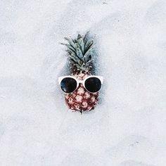Suivez nos aventures sur les stories Instagram, on vous emmène en voyage ! 🌴☀️ #holidays #vacances #surprise #instagood #goodvibes #love #sun #suninmysoul #happytime #destination