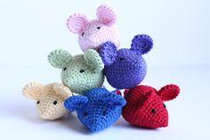 Posts about crochet written by Crochet Cat Toys, Crochet Cat Pattern, Crochet Birds, Crochet Mouse, Crochet Stars, Crochet Animal Patterns, Stuffed Animal Patterns, Crochet Patterns Amigurumi, Crochet Animals