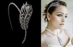 Accessoires mariée - Serre-tête argenté & brillants forme plume de paon