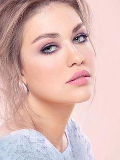 Pink & Blue Makeup