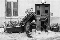 Berliner Kohlenträger bei der Arbeit.