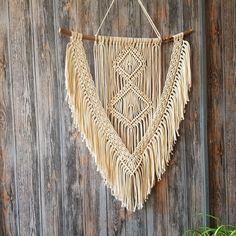 Schöne Makramee Wandbehang. Jetzt im Shop!