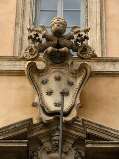 Papal coat of arms, rome