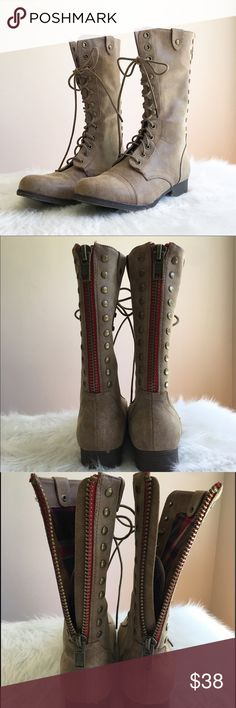 Madden Girl Brown Combat Boots Madden Girl by Steve Madden brown combat boots with zip up backs. EUC. Maybe worn once! No box. Size 6. ❌Trades❌Modeling ❌ No off Poshmark transactions ❤️ Bundle and save 📬 Fast shipper ❤️ I love reasonable offers Madden Girl Shoes Combat & Moto Boots