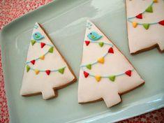 Tengo una debilidad por las galletitas y cupcakes decorados… y sin son de Navidad me gustan más! Te muestro una selección de las más lindas galletitas, cupcakes y postres de Navideños que recopilé en mi tablero de Pinterest. Animate a...