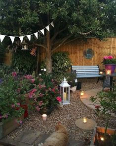 Minimalist Garden Design Ideas For Small Garden – Small garden design ideas are not simple to find. The small garden design is unique from other garden designs. Space plays an essential role in small … Small Cottage Garden Ideas, Garden Cottage, Small Garden Design, Backyard Cottage, Cozy Backyard, Small Garden Spaces, Outdoor Spaces, Small Patio, Small Courtyard Gardens
