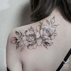 ideas tattoo back line tatoo Elegant Tattoos, Pretty Tattoos, Beautiful Tattoos, Beautiful Roses, Pretty Flowers, Piercings, Piercing Tattoo, Ink Tatoo, Tattoo Son