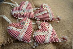 """Купить Интерьерные подвески """"Сердечки"""" - сердечко, сердечко подвеска, сердце подвеска, сердечко текстильное, сердце"""