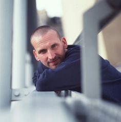 Ninth Doctor. I'm not sure if I can keep watching Dr. (Look out for him in the next Thor movie --->Malekith the Accursed) Doctor Who Cast, All Doctor Who, Twelfth Doctor, I Miss Your Face, Tv Doctors, Christopher Eccleston, Don't Blink, I Feel Good, Music Tv