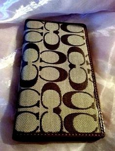Coach-checkbook-Cover-Chocolate-amp-Brown-Leather-Signature-Jacquard-Wallet