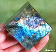 Labradorite Crystal Cube