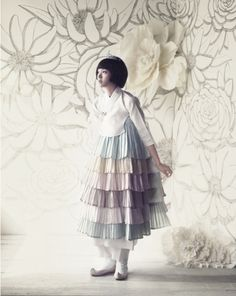 I rather like this fusion design.     한복 hanbok, Korean traditional clothes