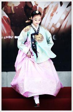 김연아 한복