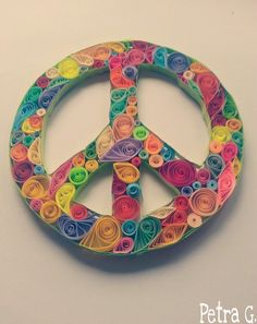 Quilling peace sign by Petra Gregur