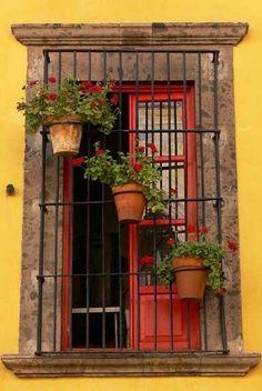 A window somewhere in San Miguel de Allende ~ Guanajuato, Mexico • photo: P. Velasco on Flickr
