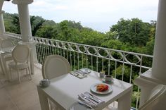 hotel shana breakfast   - Costa Rica