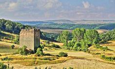 Villanueva de la Torre, provincia de Palencia - Torre Medieval levantada a finales del S. XIII