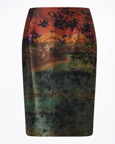 Inspired by the process of photography, this season we have worked with Italian photographer Antonio Curcetti. Made from 100% silk, this tropical skirt is cut for a classic shape. Slim fitted, features include a concealed zip and hook-and-bar closure, and a single back vent. By blending Curcetti's original analogue pictures with our in-house artist's hand-painted techniques, we've created a stunning set of printed artworks exclusive for Autumn Winter 16. Partner this pencil skirt with simple…