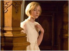 Saoirse Ronan in Atonement Saoirse Ronan Atonement, Female Actresses, Actors & Actresses, Fanfiction, The Lovely Bones, Elle Fanning, Dance Moms, Latest Movies, Female Characters