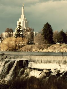 Idaho Falls Temple - I want to go to there.