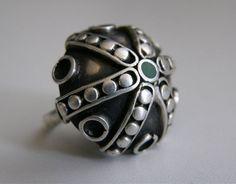 Stary duży pierścionek z kamieniem ORNO