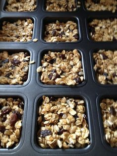 No Bake Easy Granola Bars - Homemade granola bar squares in your Pampered Chef Brownie Pan - Pampered Chef Party, Pampered Chef Recipes, Cooking Recipes, Brownie Pan Pampered Chef, No Bake Granola Bars, Homemade Granola Bars, Nut Free Granola Bars Recipe, Oatmeal Bars, Barre Energie