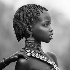 Hamer girl during bull jumping ceremony, Turmi, omo valley, Ethiopia African Tribes, African Women, African Image, Beautiful Children, Beautiful People, Eric Lafforgue, Tribal People, Foto Art, African Culture