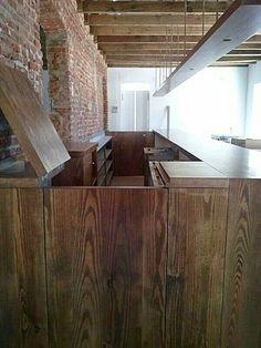 Barra de madera en pinterest sillas de bar y taburetes for Barra bar madera dibujo